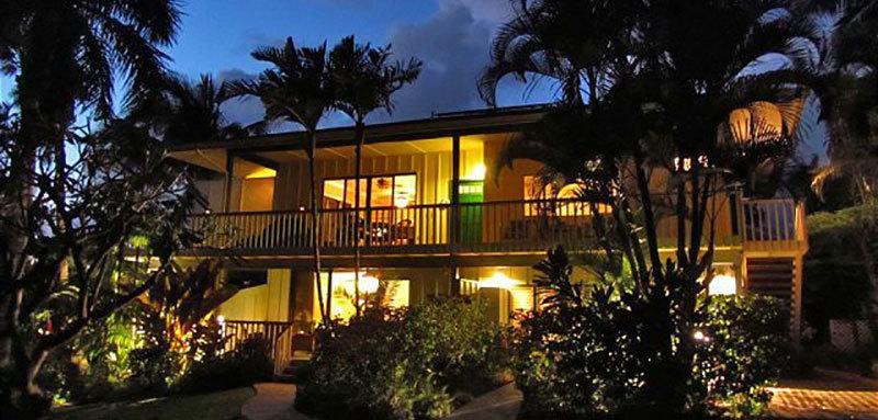 Aloha 11