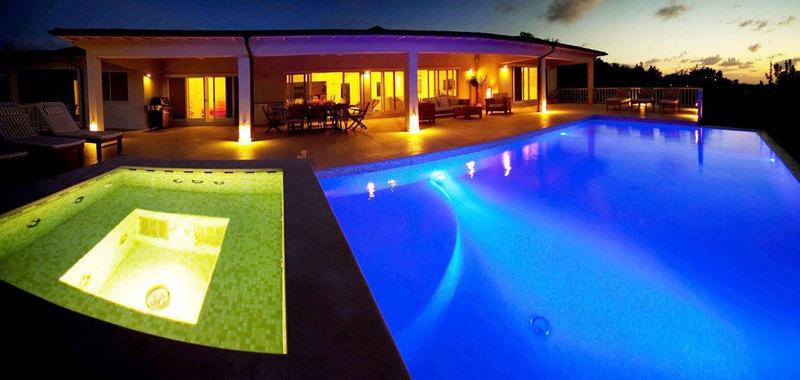 Antigua villa 13 19