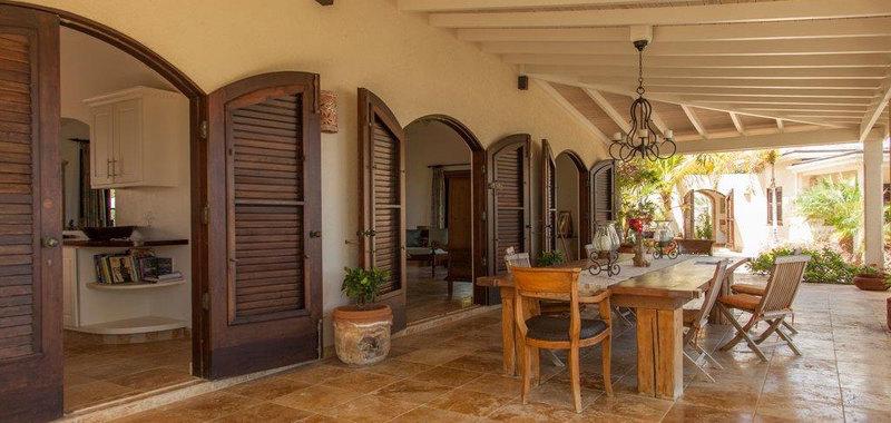 Antigua villa 25 06