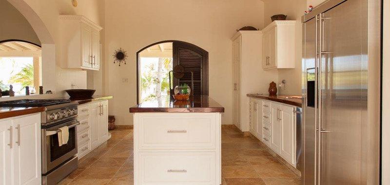 Antigua villa 25 10
