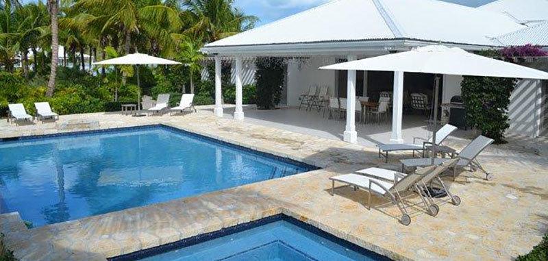 Antigua villa 26 23