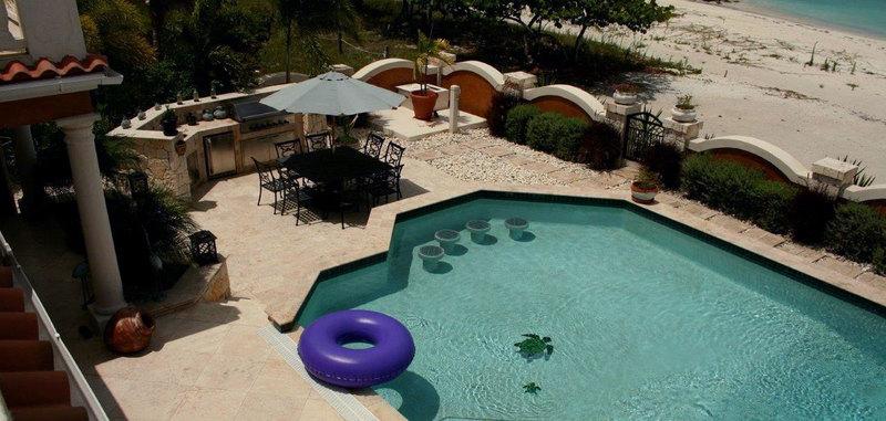 Antigua villa 6 14