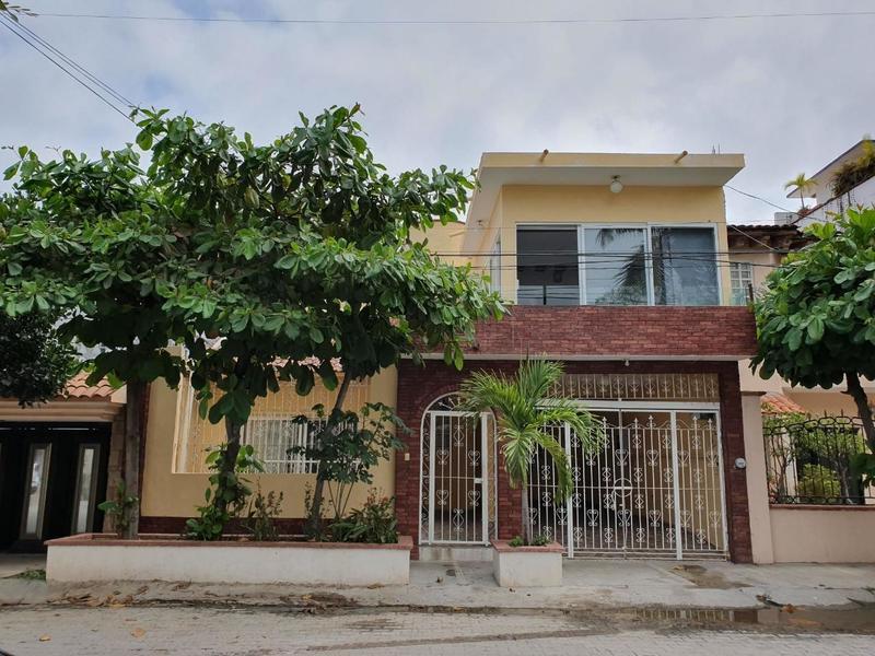 Casa Aralias Pavo Real