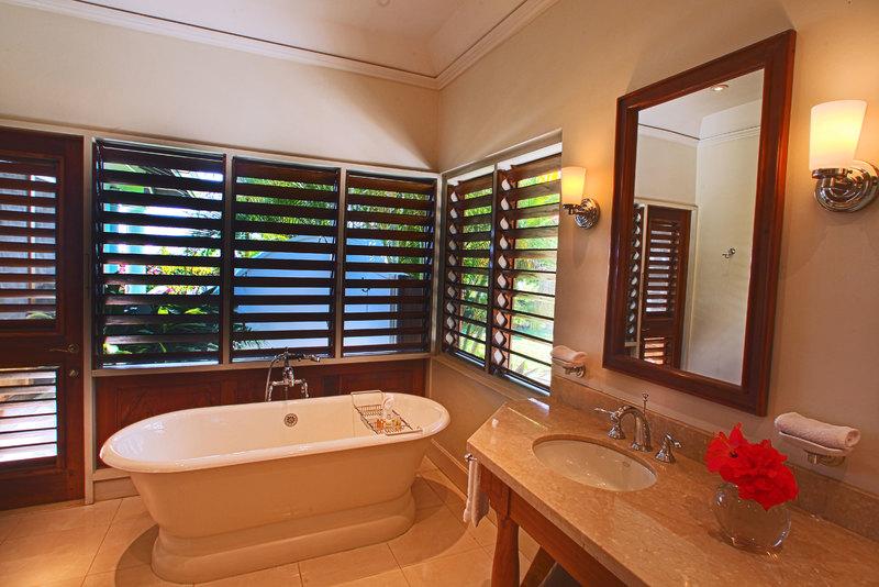 Bougainvillea jamaica villas13