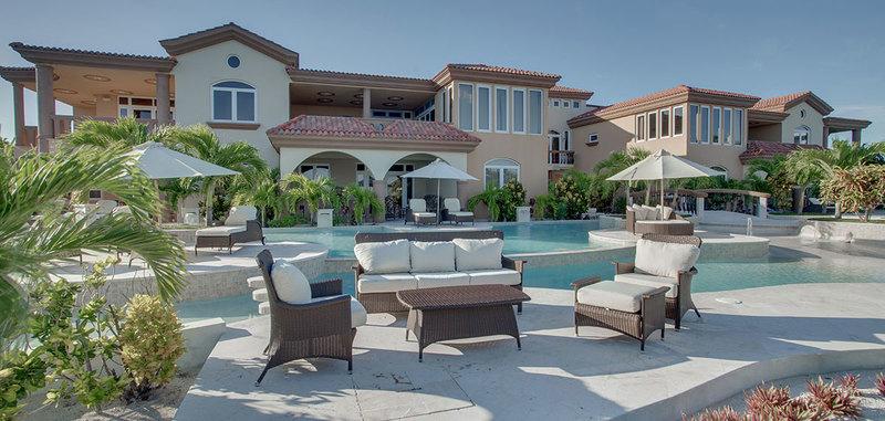 Brushstrokes Villa Villa Rental