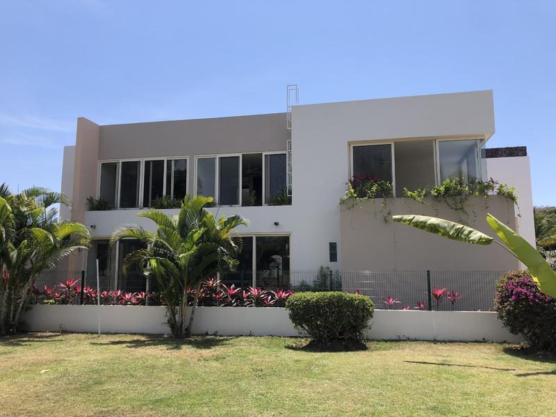 Casa Cielo Rosa