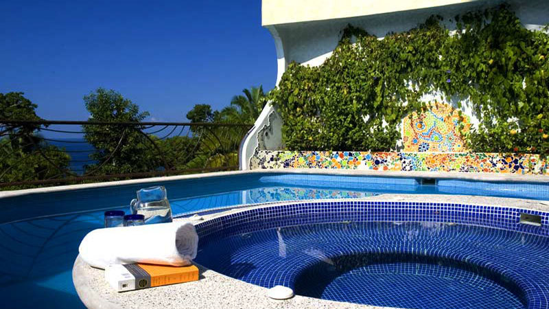 Cosmica Villa Rental