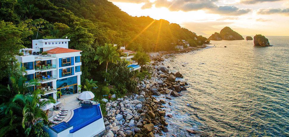 Puerto vallarta demae2 01