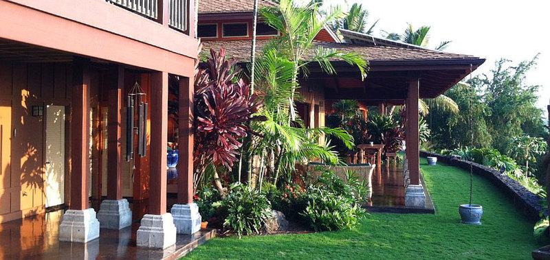 Hawaii dolphin spirit house 02