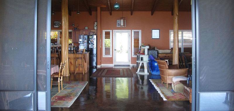 Hawaii dolphin spirit house 10