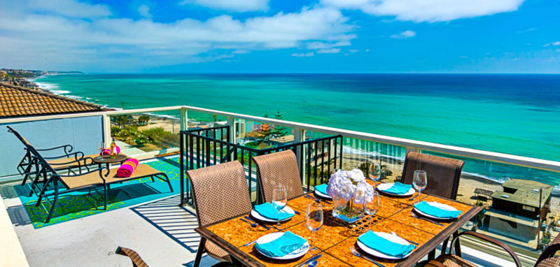Endless Views Over Paradise Villa Rental