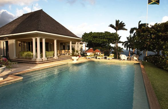 Following seas jamaica villas11