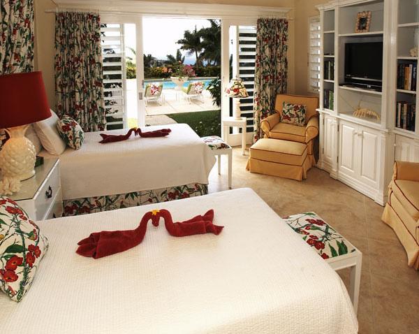 Following seas jamaica villas15
