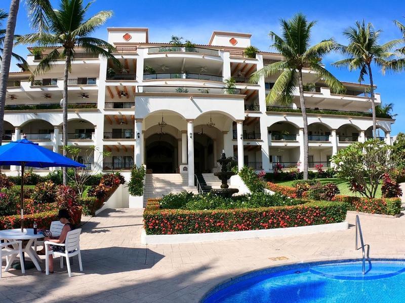 Grand Marina Villas 2310