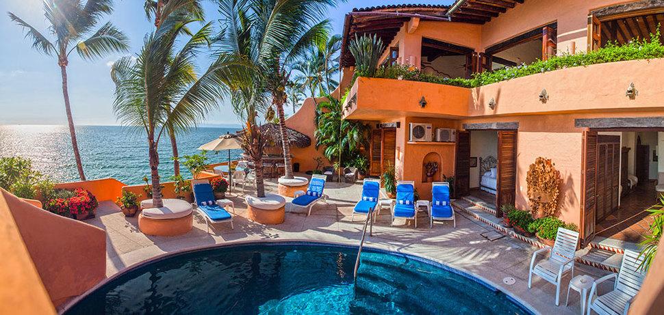 Villa mcfuego 01