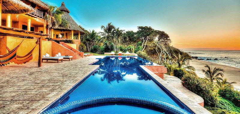 Sayulita villa rentals vacation rentals casa helga villas for Villas sayulita