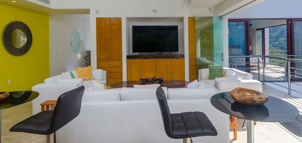 Casa mismaloya game room 17
