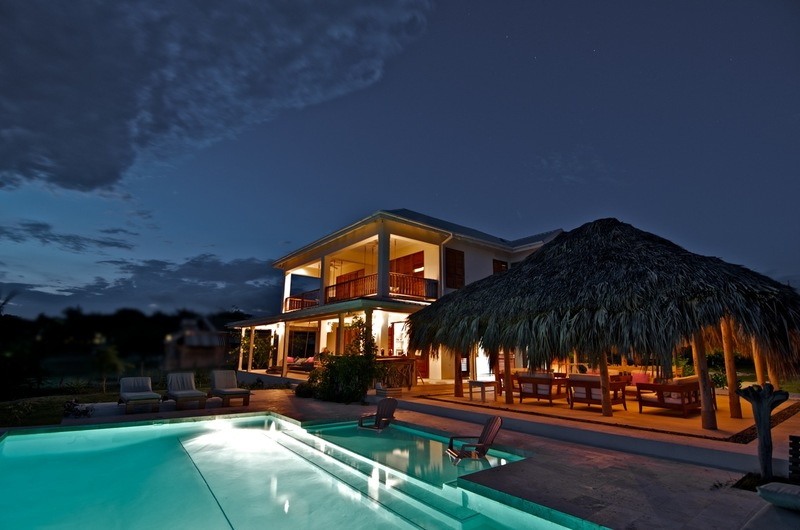 Out of the blue jamaica villas01