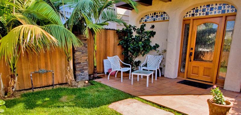 Rosemont Duplex 1 Villa Rental