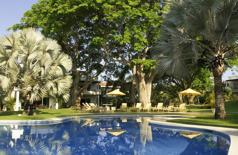 Vallarta Gardens 2