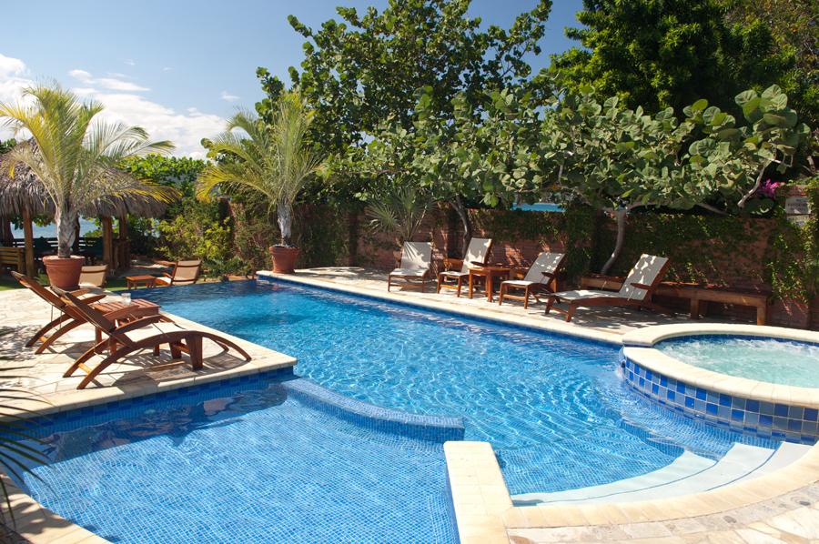 Whispering waters jamaica villas 05